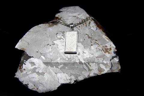 """Подвеска из метеорита Muonionalusta """"Возрождение"""""""