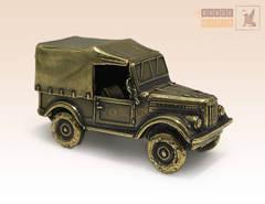 Автомобиль ГАЗ 69 с тентом (Козлик)