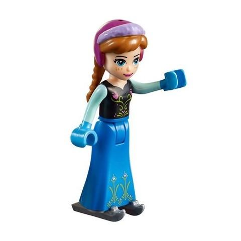 LEGO Juniors: Игровая площадка Эльзы и Анны 10736 — Anna & Elsa's Frozen Playground