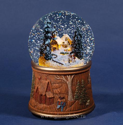 Новогодний стеклянный шар со снегом