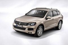 Защита фар прозрачная для Volkswagen Touareg 2011- (ZGB7POO711O2)