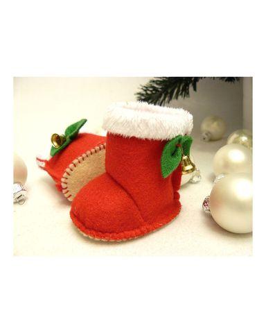 Сапожки-угги новогодние из фетра - Красный. Одежда для кукол, пупсов и мягких игрушек.