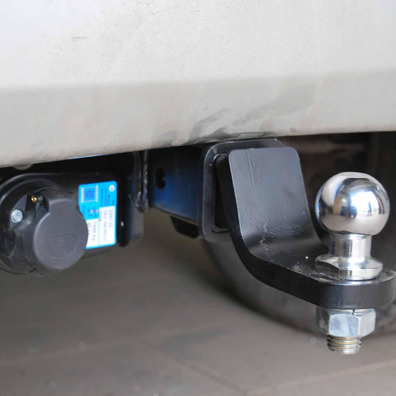 Установка фаркопа (тягово-сцепного устройства) фото-1