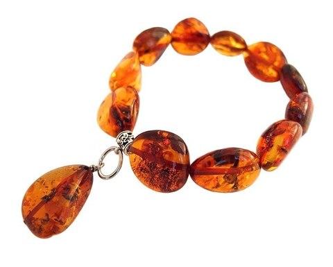 женский браслет из янтаря