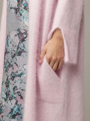 Женский удлиненный розовый жакет с карманами - фото 4