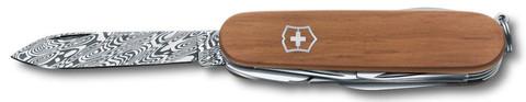 Нож Victorinox Damast LE, 91 мм, 15 функций, дерево (подар. упаковка)
