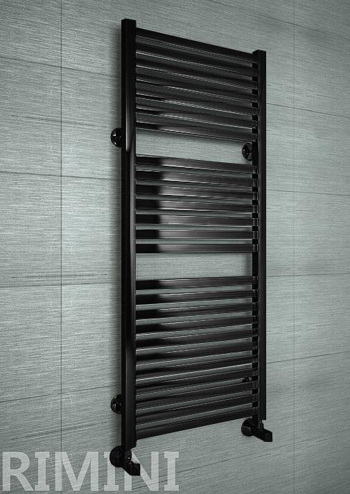 Rimini Black - черный дизайн полотенцесушитель с прямоугольными горизонталями.