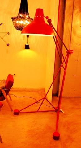 replica Delightfull Diana XL floor lamp ( red )