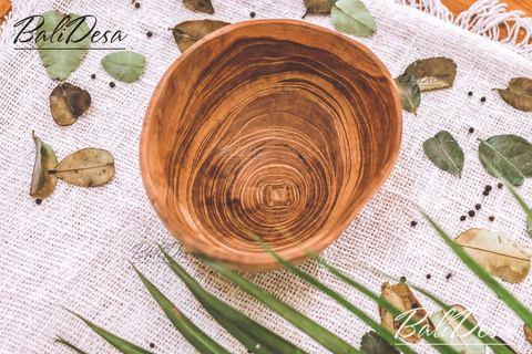 Салатница/супница из тика природной формы (19 см)