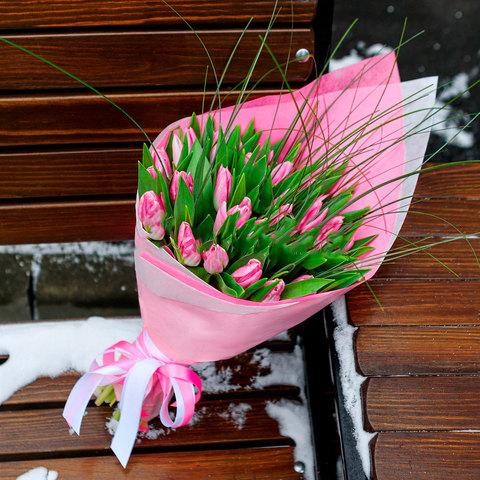 Букет из 39 розовых тюльпанов