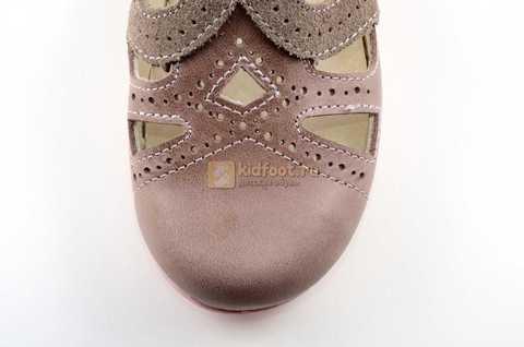 Туфли Тотто из натуральной кожи на липучке для девочек, цвет ирис серобежевый, 10207A. Изображение 10 из 12.