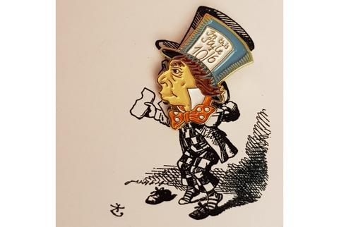 Пин Алиса в стране чудес. Шляпник
