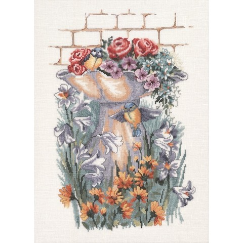 Лилии, ноготки, розы и птичка