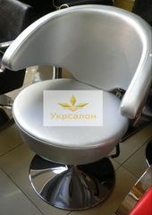 Парикмахерское кресло А001