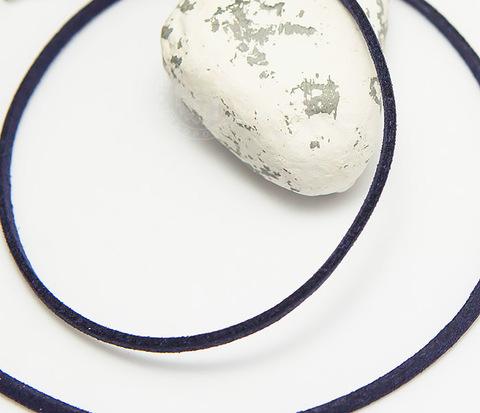 Темно-фиолетовый шнурок на шею из натуральной замши (55 см)
