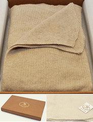Элитный плед-шарф кашемировый Stole бежевый от CO.BI.