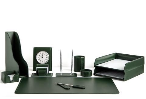 На фото набор на стол руководителя арт.1714-СТ-11  предметов зеленая кожа Cuoietto.Возможно изготовление в другом варианте цвета кожи.