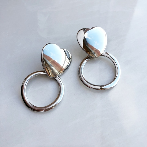 Серьги Сердечки Кольца, серебряный цвет
