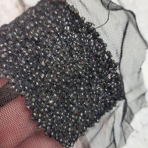 Вышивка для декольте бисер со стразами сток Max Mara