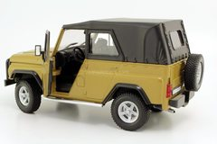 UAZ-Hunter 4x4 2004 with awning Autobahn Bauer 1:24