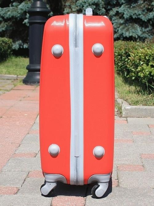 Чемодан Ananda APL-833 Красный (M)