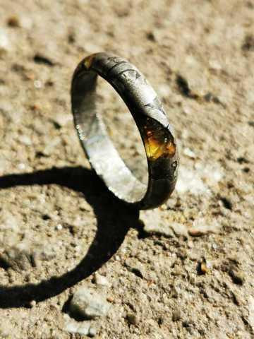 Кольцо из цельного палласита Сеймчан