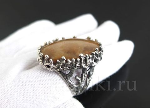 кольцо с кораллом кс-7132