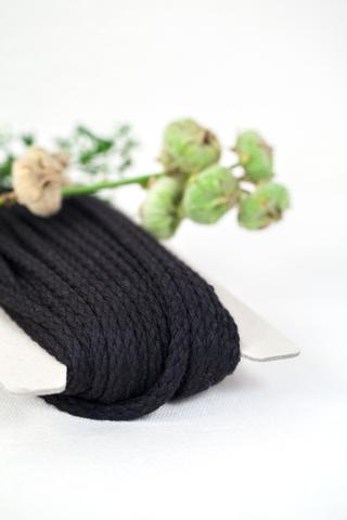 Хлопковый плетеный шнур черный 5 мм