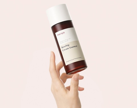 Восстанавливающая эссенция с экстрактом шиповника, 150 мл / Manyo Rosehip Cream Essence