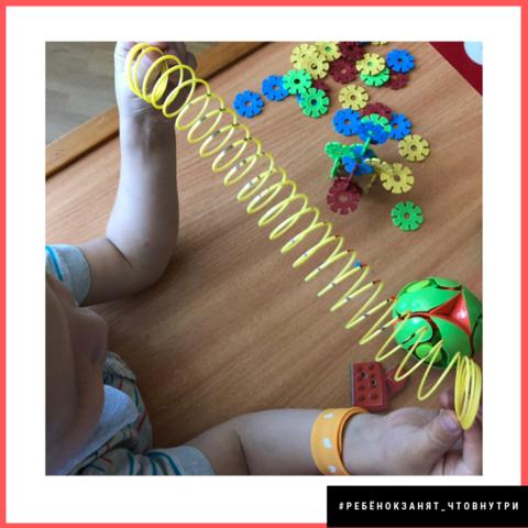 Детский набор, возраст от 5 лет, для мальчика, большой, более 50 предметов, чтобы занять ребёнка в дороге / вне дома