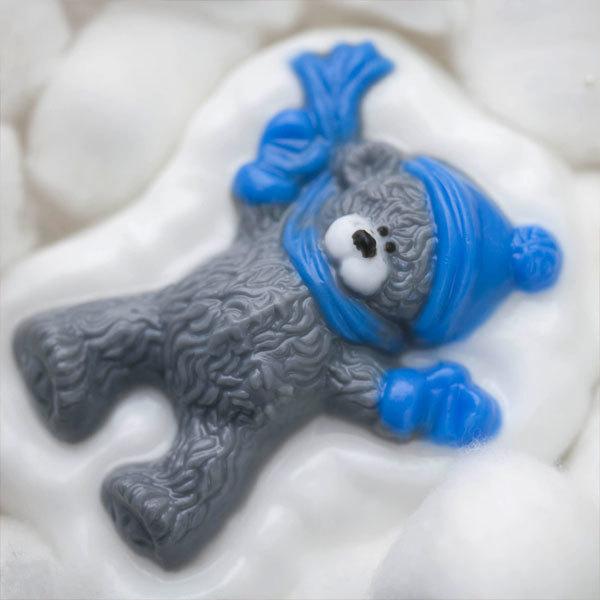 Пластиковая форма для мыла Мишка в сугробе