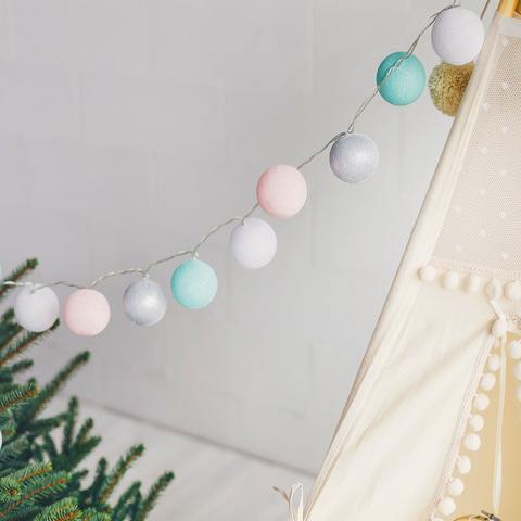 Гирлянда из хлопковых шариков Мороз