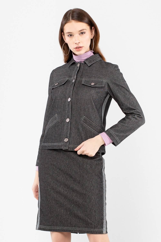Жакет Д576-350 - Стильный жакет – куртка, станет прекрасным дополнением любого гардероба. Лаконичный дизайн позволяет ему ужиться в комплекте с вещами любого стиля, жакет вольётся и в деловой, и в повседневный гардероб. Контрастные строчки подчёркивают детали жакета, лампасы по бокам придают дизайну современное звучание. Застёгивается модель на удобные пуговицы.
