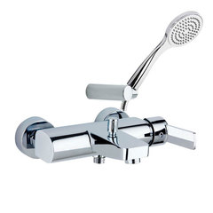Смеситель для ванны с изливом и душевым комплектом RS-Q 9305T1