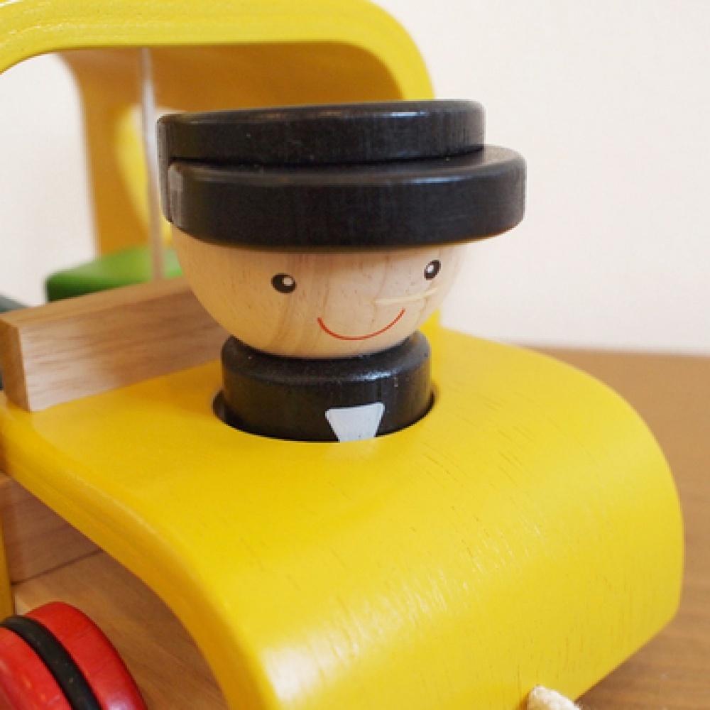 Деревянный сортер Автобус