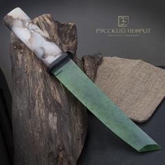 Нож танто из зеленого нефрита и халцедона