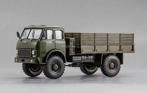 MAZ-505 (1963) all-wheel drive truck khaki 1:43 Nash Avtoprom