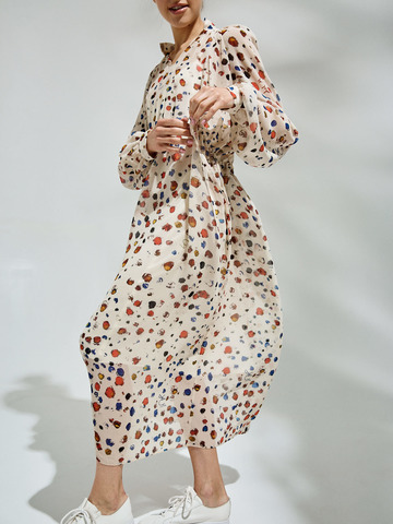 Платье молочное с комбинацией и узором