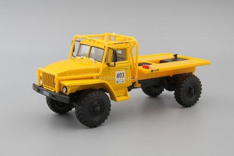 Ural-43206 truck-trial yellow 1:43 DeAgostini Auto Legends USSR Trucks SE#5