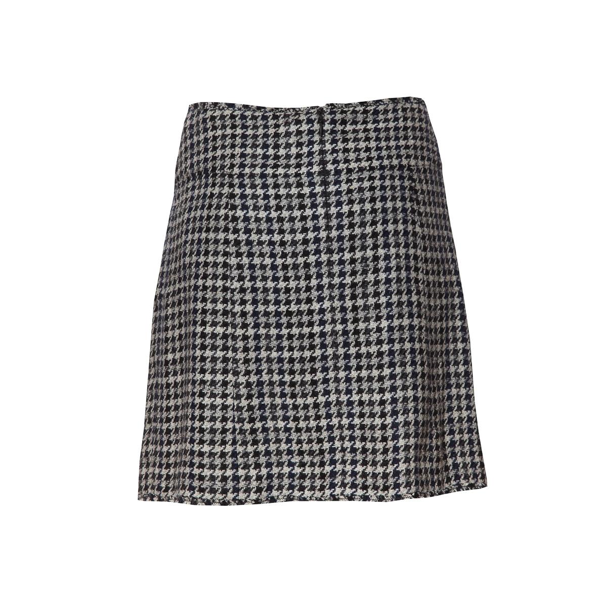 Стильная юбка из черно-белого твида с рисунком гусиная лапка от Chanel, 36 размер.