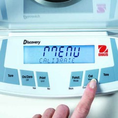 Весы аналитические Ohaus DV114C