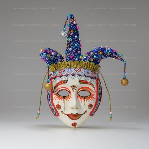 Петрушка - интерьерная маска