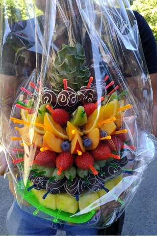Фруктовый ананас