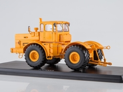 Tractor K-700A Kirovets yellow 1:43 Start Scale Models (SSM)