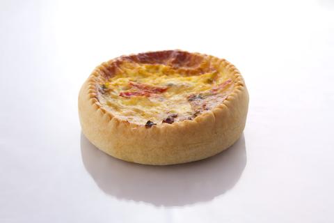 Пиріг кіш з індичкою та овочами