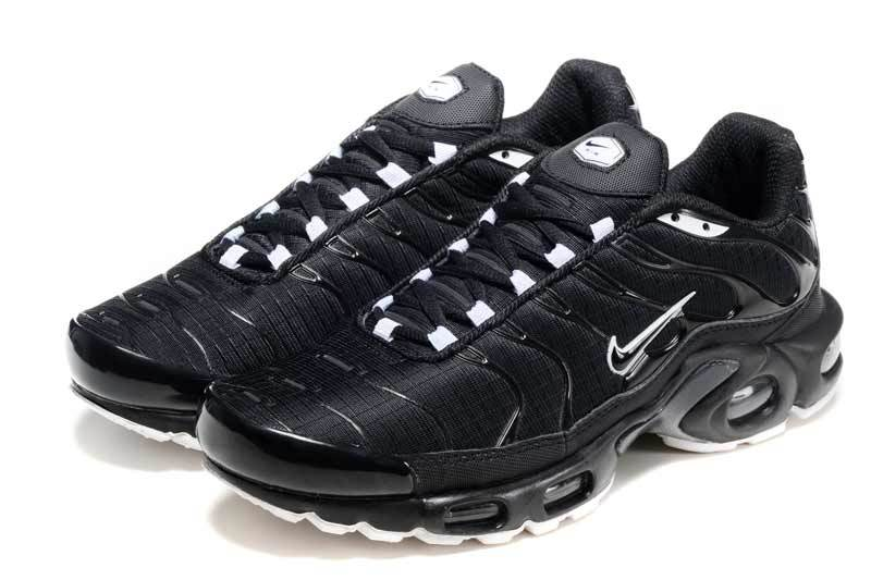 Nike Air Max Plus TN Black/White (015)