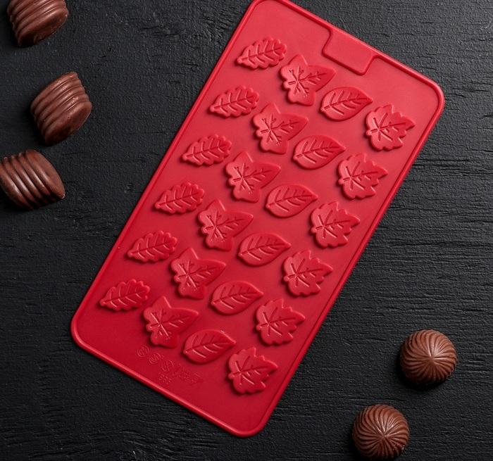 Форма для шоколада «Листик»