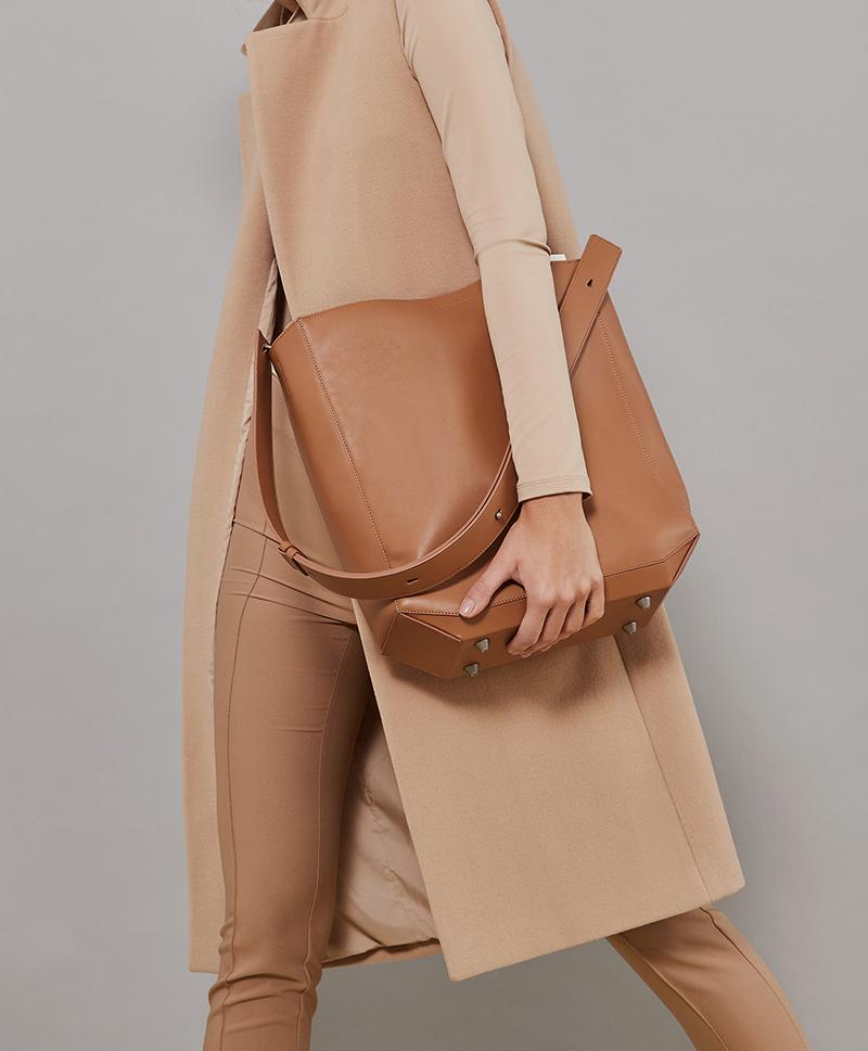 Сумка-шоппер карамельного цвета