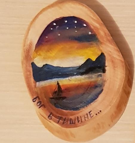 Магнит деревянный ручной росписи на срезе дерева