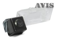 Камера заднего вида для Volkswagen Touareg II Avis AVS312CPR (#102)